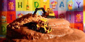 Schnitzeljagd für Kindergeburtstag: Ideen für Aufgaben & Rätsel für 5,6,7 und 8-jährige