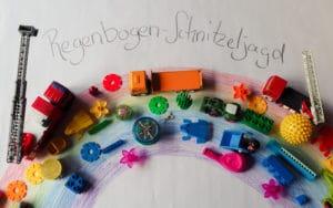 Regenbogen Schnitzeljagd: Schönes Spiel für 3-Jährige