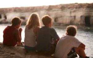 Kennenlernspiele für Kindergarten, Grundschule, Jugendgruppen & Erwachsene